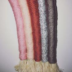 Diy macramé arc-en-ciel Creations, Diy, Rainbow, Crochet, Home, Rain Bow, Rainbows, Bricolage, Do It Yourself