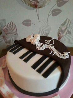 Cher is back on the charts with Womans World Piano cakes