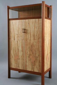 Showcase Cabinet - Jacques Breau