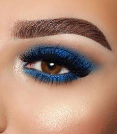No tears left... only blue eyeshadow looks✨| #sarandaslife ⠀⠀⠀⠀⠀⠀⠀⠀⠀⠀⠀⠀⠀⠀⠀⠀⠀⠀ ⠀⠀⠀⠀ Eye