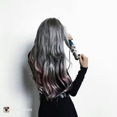 "acookie4thecowboy: ""repost via @instarepost20 from @feralcreature Love my @numestyle 32mm Magic Wand! I actually started out absolutely hopeless with styling hair, and their clipless curling wands are..."