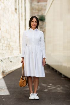 birdwings: I'll take it.Nurse Chic, Florence « The Sartorialist) The Sartorialist, White Dress Summer, Little White Dresses, Summer Dresses, Casual Dresses, Dresses For Work, Long Sleeve Cotton Dress, Camisa Formal, Dress With Sneakers