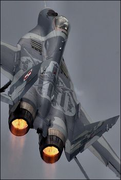 A deadly serious fighter plane. I've always though the Russians designed very sleek and attractive fighter planes but I've been told its a with the Polish Air Force. Military Jets, Military Aircraft, Photo Avion, Air Fighter, Sukhoi, Aviation Art, Aviation Quotes, Jet Plane, Fighter Aircraft