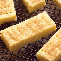 A buttery and delicious shortbread recipe from Mary Berry. The secret ingredient is semolina for that extra crunch! Finish with a sprinkle of demerara sugar. Mary Berry Shortbread, Homemade Shortbread, Shortbread Biscuits, Shortbread Recipes, Flour Recipes, Baking Recipes, Cookie Recipes, Dessert Recipes, Baking Ideas