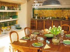 Bezaubernde französische Esszimmer Designs - grüne und gelbe Farben