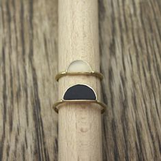 Newen Days Rings~ Moonstone and reclaimed ebony in gold. 'coz dere's de olden days and, dere's de newen days' Jewelry Box, Jewelry Rings, Jewelry Accessories, Fashion Accessories, Jewelry Design, Fashion Jewelry, Jewellery, Casual Chique, The Bling Ring