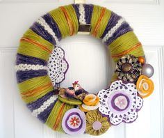 Pistachio and Plum Two Birds Yarn Wreath by Agnes of Knock Knocking.