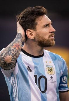 Argentina forward and Captain Lionel Messi during the Copa America Centenario Final Argentna vs Chile Soccer, 2016 on June 2016 at Met Life in East Rutherford, NJ, USA . The score was tied at Get premium, high resolution news photos at Getty Images Fc Barcelona, Lionel Messi Barcelona, Cristiano Ronaldo, Neymar Jr, Lionel Messi Wallpapers, Copa America Centenario, Messi Argentina, Argentina National Team, Penalty Kick