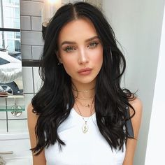 Dreamgirl @genelleseldon used a full face of Too Faced to get her off-duty model look! -Born This Way Foundation  -Chocolate Brow-nie (Deep Brown)  -Sweet Peach Palette  -Peach My Cheeks Melting Blush  -Chocolate Gold Soleil Bronzer  -Better Than Sex Mascara -Sweet Peach Creamy Lip Oil (Papa Don't Peach)  #toofaced