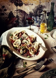 Beef and Shiraz Tortelloni, Roasted Tomato Sauce by What Katie Ate Roasted Tomato Sauce, Roasted Tomatoes, Tomatoe Sauce, Homemade Baby Foods, Homemade Pasta, Homemade Tortellini, Tortellini Pasta, Baby Food Recipes, Beef Recipes