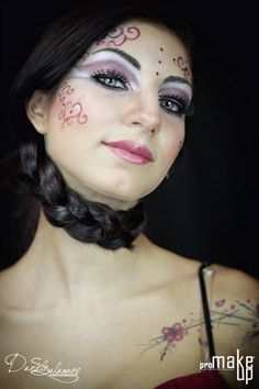 make up fantasy .  my profile facebook : https://www.facebook.com/joemy.bijoux photographer : https://www.facebook.com/DSALAMONEPhotography?fref=ts