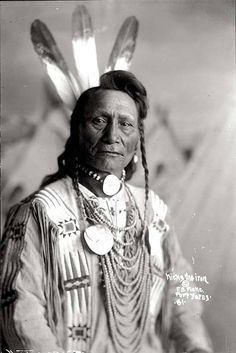 Kicks the Iron. Sioux. Early 1900s. Photo by F.B. Fiske. Source - State Historical Society of Nebraska.