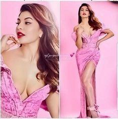 Bollywood Heroines In Bikini, Bollywood Actress Hot Photos, Bollywood Girls, Beautiful Bollywood Actress, Most Beautiful Indian Actress, Beautiful Actresses, Bollywood Bikini, Indian Celebrities, Bollywood Celebrities