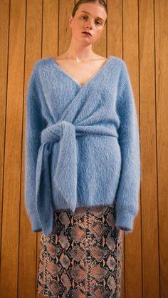 Amuza Sweater – LOÉIL