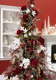25 Creative Christmas Tree Ideas For This Holiday Season