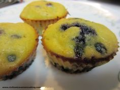 Paleo Blueberry Mango Muffins from Civilized Caveman. I made these last Summer and they were delicious! Mango Muffins, Blue Berry Muffins, Coconut Muffins, Healthy Muffins, Paleo Dessert, Dessert Recipes, Brunch Recipes, Paleo Recipes, Real Food Recipes