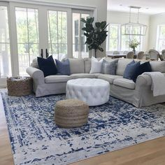 gorgeous living room color schemes to make your room cozy 4 Blue And White Living Room, Blue Living Room Decor, Navy Blue Living Room, Living Room Accents, Living Room Color Schemes, Coastal Living Rooms, Living Room Grey, Rugs In Living Room, Home And Living