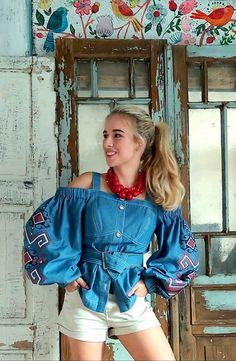 Linen Mexican style blouse Ukrainian blouse Vyshyvanka in Bohemian style Linen shirt Linen blouse of Khaki color
