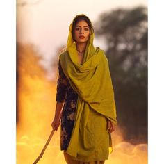 Tania is a young and newcomer Punjabi actress. She started her acting career with Punjabi film Qismat in images: Lovely Girl Image, Cute Girl Photo, Girls Image, Punjabi Couple, Punjabi Girls, Punjabi Suits, Salwar Suits, Girl Hand Pic, Punjabi Models