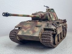 Model Tanks, Weapons Guns, Scale Models, Military Vehicles, Panther, Wwii, Camouflage, Diorama, Porsche