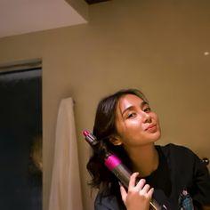 Filipina Actress, Filipina Beauty, Blue Hearts, Daniel Padilla, Cant Help Falling In Love, Kathryn Bernardo, Aesthetic Girl, Girl Power, Bb