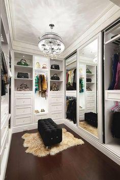 Inspiração para closet, porém menos gavetas e mai prateleiras para sapatos