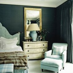 dramatic blue-green walls (kind of like bm newburg green?) with light blue, gold, and ivory accents