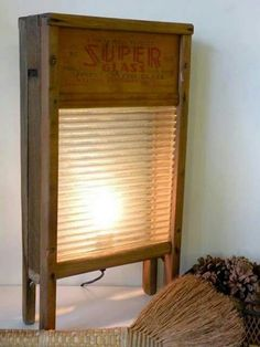 Glass wash boards with lamp inside, great way to restore antiques. I used to help my grandmother wash my uncle's socks using this type of washboard. Repurposed Items, Repurposed Furniture, Diy Furniture, Old Washboards, Luminaria Diy, Primitive Bathrooms, Cool Lighting, Lighting Ideas, Wood Projects