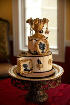 Vanessa's Cake Designs LLC - Jewelry cake - commisioned by Cake Central Magazine