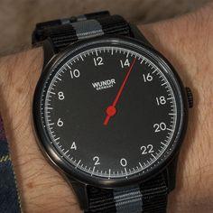 Wundrwatch Hands-on - Die Wundrwatch gehört zu einem der erfolgreichsten Kickstarter Projekte des deutschen Uhrenmarkts aus dem Jahr 2016. Mit einer Finanzierung in Höhe von 55.193,- € übertraf die junge Marke aus dem Saarland sicherlich nicht nur die eigenen Erwartungen. - http://luxusuhren-test.de/wundrwatch-hands-on/ - #Armbanduhr, #Einzeigerarmbanduhren, #Einzeigeruhr, #Einzeigeruhren, #Instastyle, #Watchaddict, #Watches, #Watchlife, #Watchlover, #Wristcandy, #Wundrw