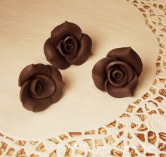 Sale  4pc of 24mm Romantic Polymes Clay Roses 1 hole by CMVision