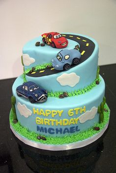 Cars cake... this does not go with the theme for this year, but it is beginning to inspire a party for next year.