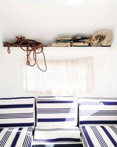 Stripes-Traveling Wares