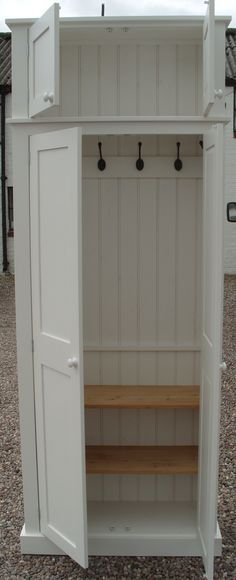 Beau Cheshire Hall / Utility Room / Cloak Room Shoe Storage Cupboard, Features  Include: Solid Wood Construction Available In A Variety Of Painted Finishes  ...