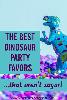 DIY Dinosaur Party Favor Bags for your next Dinosaur Themed Birthday Party | For other kids birthday party ideas visit Parties Made Personal #dinosaurparty #dinosaurtheme #dinosaurbirthday #dinosaurs #partiesmadepersonal