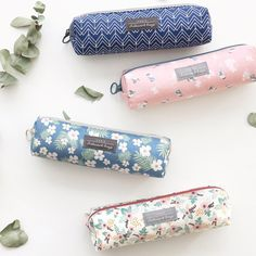 Iconic Comely pattern zipper pencil case - fallindesign.com