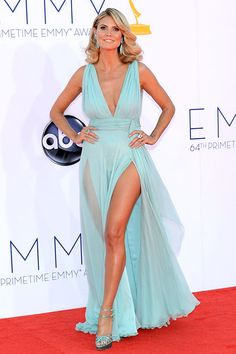 Heidi Klum showed off her famous bod in a revealing sky-blue Alexandre Vauthier gown.