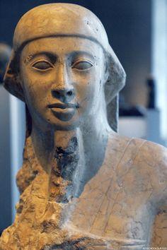 Art School Glasses — Figure of a priest Egyptian Museum, Munich