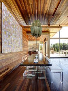 Fantastic Creek Residence exposed to plenty of natural light