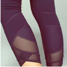Lululemon Wunder Under Ankle Mesh Leggings Berry colored ankle mesh Wunder Under leggings size 2. Lululemon. Perfect condition. Worn one time. NWOT. Trades only with other Lulu leggings size 2. lululemon athletica Pants Leggings