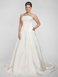 A-line/Princess Plus Sizes Wedding Dress - White Chapel Train Strapless Satin - USD $229.99