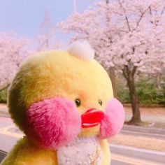 Cute Stuffed Animals, Dinosaur Stuffed Animal, Cute Ducklings, Cute Chickens, Quack Quack, Little Duck, Baby Chicks, Pink Aesthetic, Sanrio