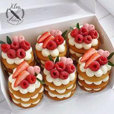 Baking Recipes, Cake Recipes, Dessert Recipes, Mini Cakes, Cupcake Cakes, Fruit Cupcakes, Baking Cupcakes, Number Cakes, Number Birthday Cakes