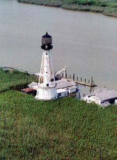 South Pass Lighthouse, Louisiana at Lighthousefriends.com
