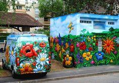 Graffiti flower street art