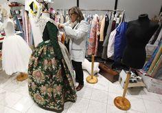 La indumentària de la Fallera Major a la Crida. FMV 2015 Estefanía López Montesinos.