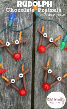 Rudolph Chocolate and Cherry Pretzel Treats for Christmas - easy to make. A fun treat for the kids and yummy for everyone! www.kidfriendlythings http://todo.com