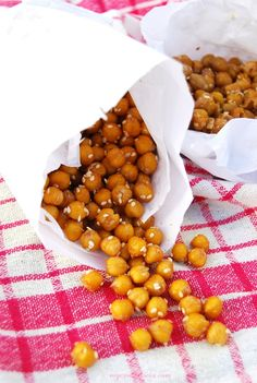 Chickpea crispies | Roasted chickpea | vegan | vegezmiloscia.com