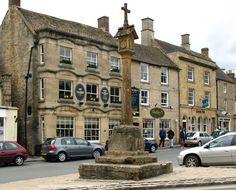 Market Cross, Stow-on-the-Wold. Our tips for 25 fun things to do in England: http://www.europealacarte.co.uk/blog/2011/08/18/what-to-do-england/ 2004