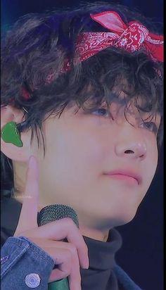 Foto Jungkook, Foto Bts, Bts Bangtan Boy, Bts Boys, Bts Jimin, Kim Taehyung Funny, V Taehyung, 26th Seoul Music Awards, V Smile